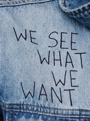 Jeans, oder was bedeutet Blau?
